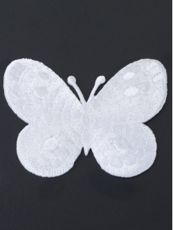 Малка бяла пеперуда за залепване 7 см.