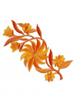 Бродирано цвете за залепване в оранжев цвят
