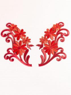 Червени апликации цветя