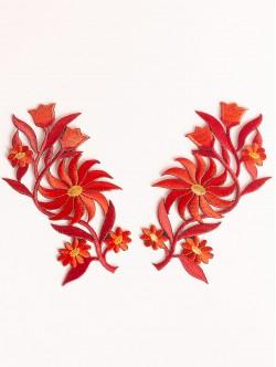 Комплект червени цветя