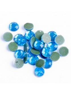 Светло сини камъни 5 мм. 1000 броя