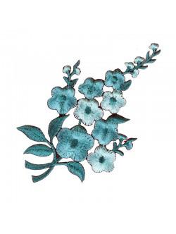 Тюркоазена бродерия на цвете - дясна