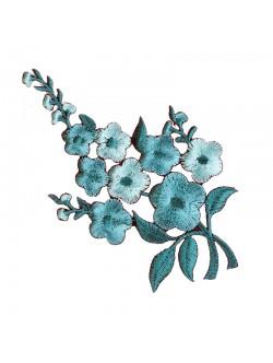 Тюркоазена бродерия на цвете - лява